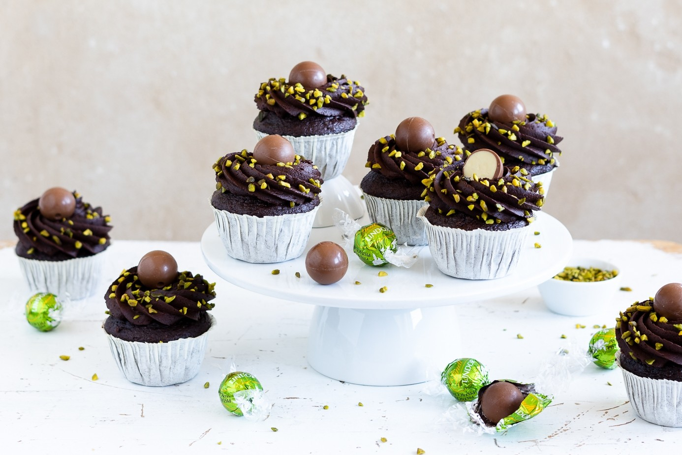 Schoko-Pistazien-Cupcakes mit Kakao-Buttercreme-Frosting