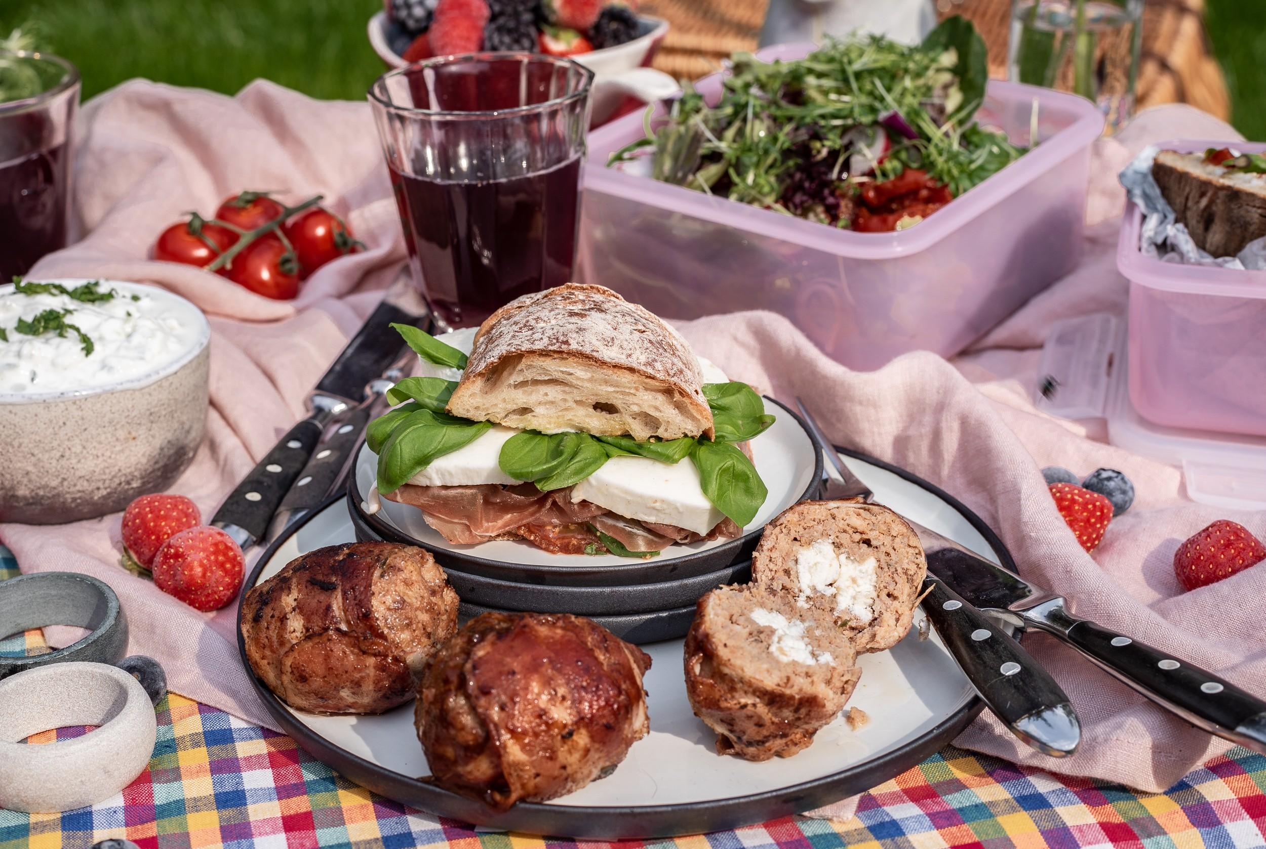 Meatballs und Sandwich Caprese