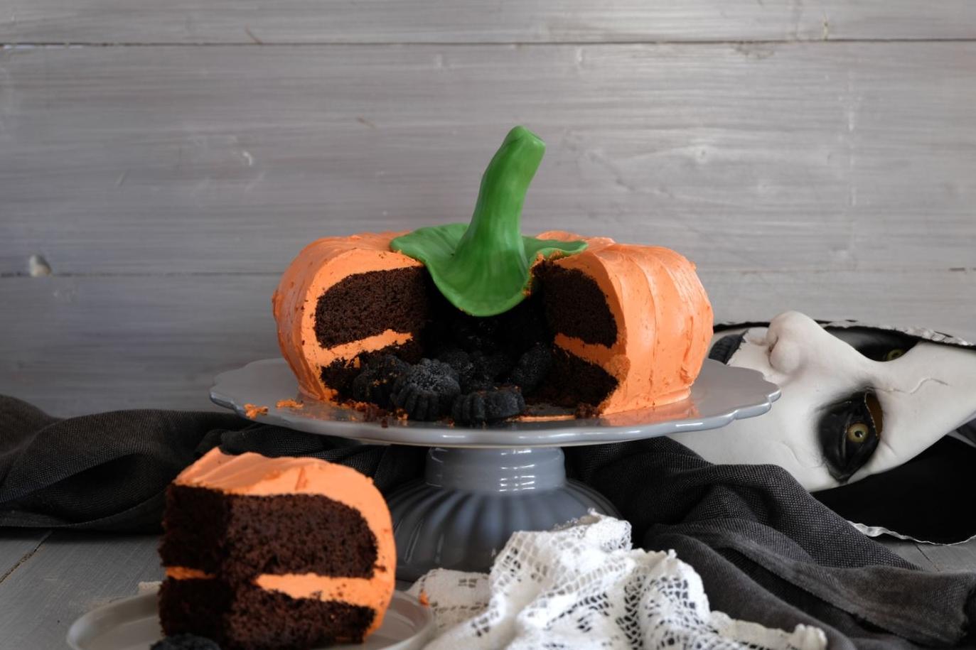Halloween-Kürbistorte