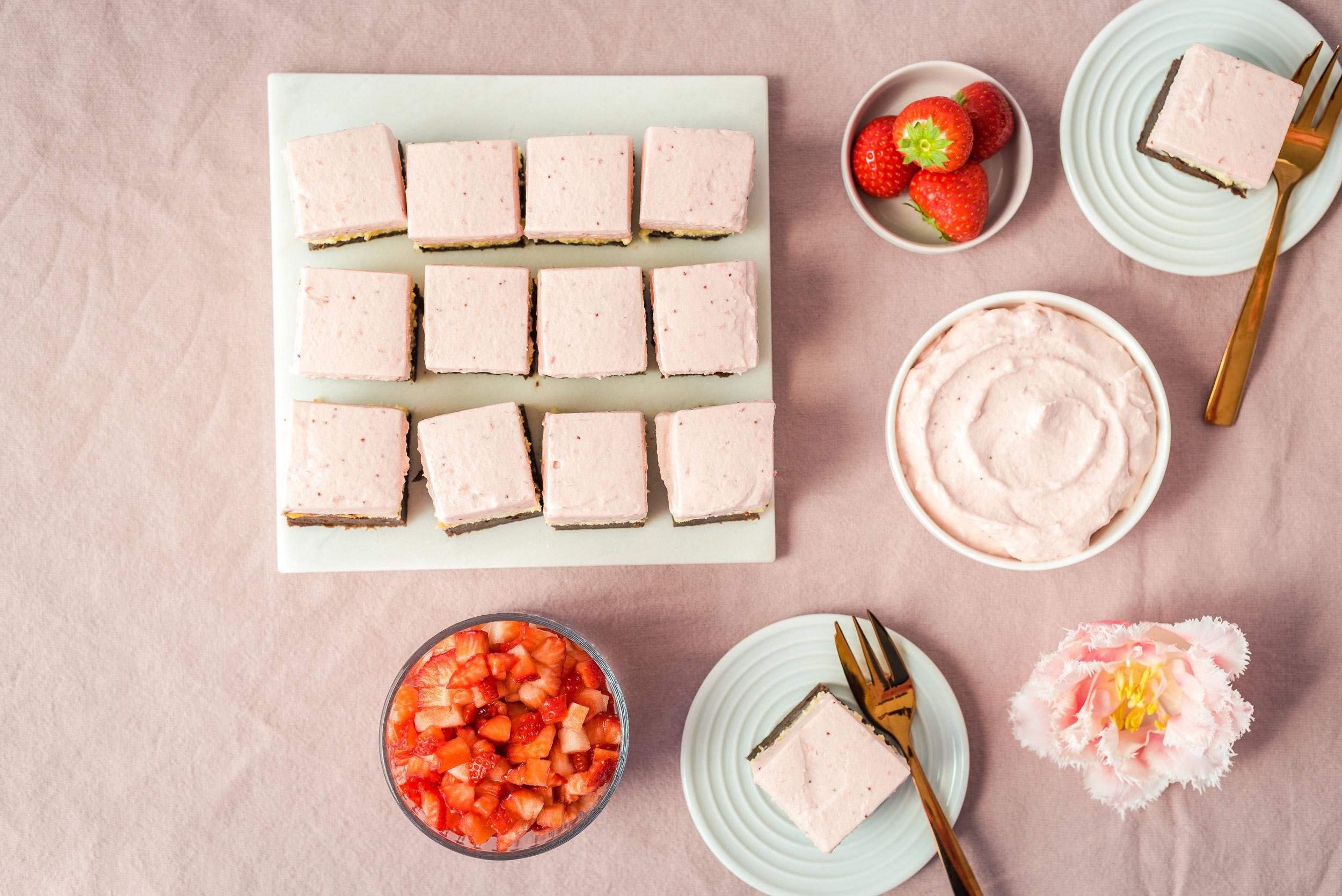 Brownie-Erdbeer-Cheesecake-Bites